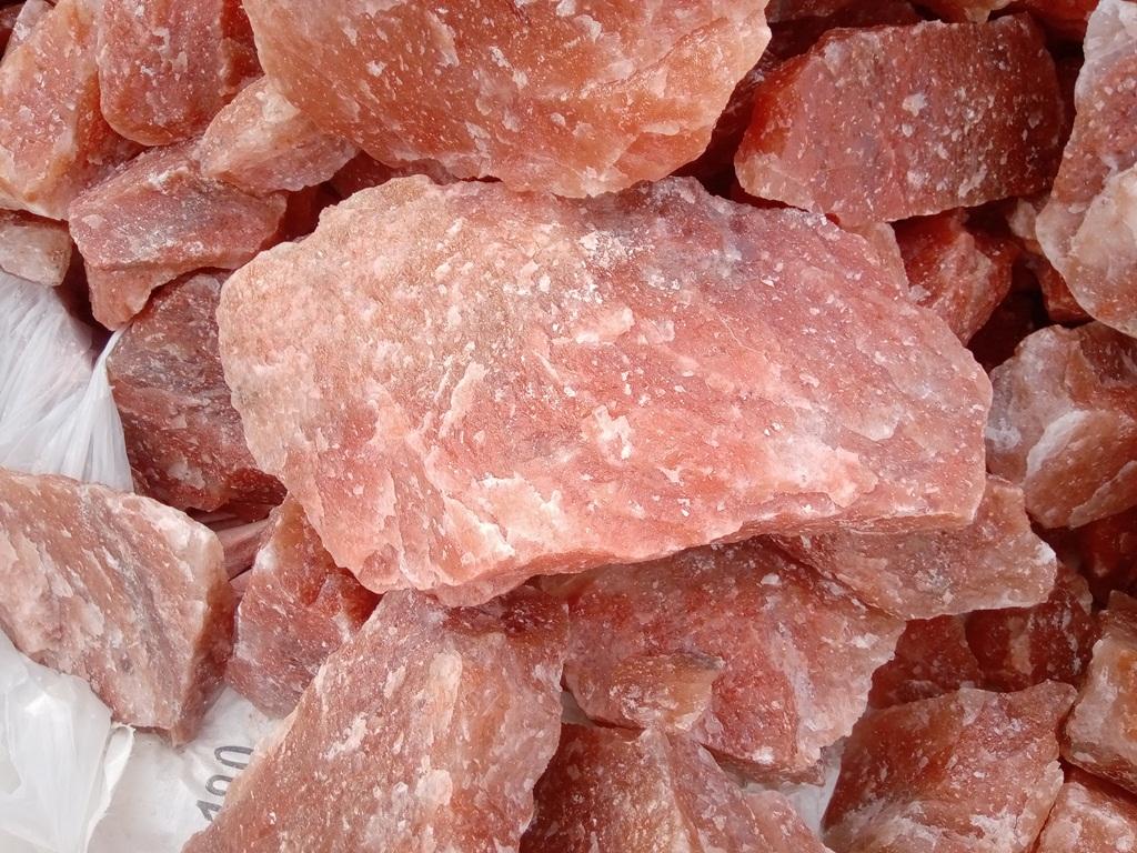Dark Pink Salt Lumps